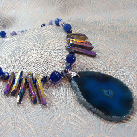 Semi-Precious Jewellery, Blue Agate Gemstone Pendant Necklace (A139)