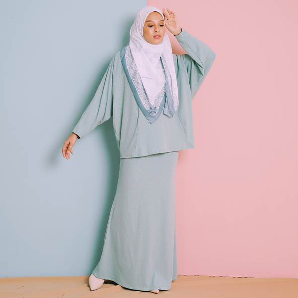 Darla Suit (Mint Green)
