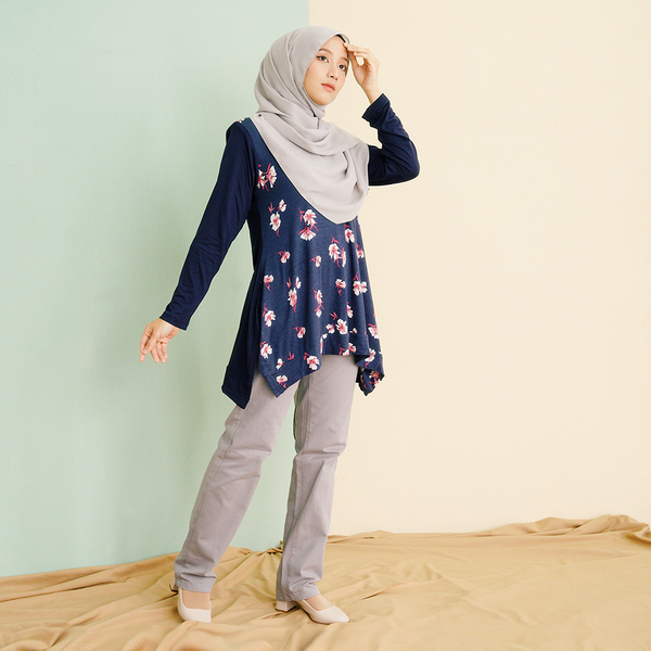 Florhea Blouse (Navy Blue-Red)
