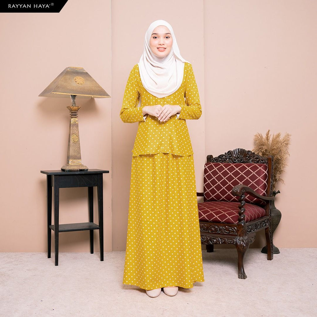 Lily Skirt Set (Honey) BUY 2 FREE 1 GIFT & BUY 3 FREE 2 GIFT