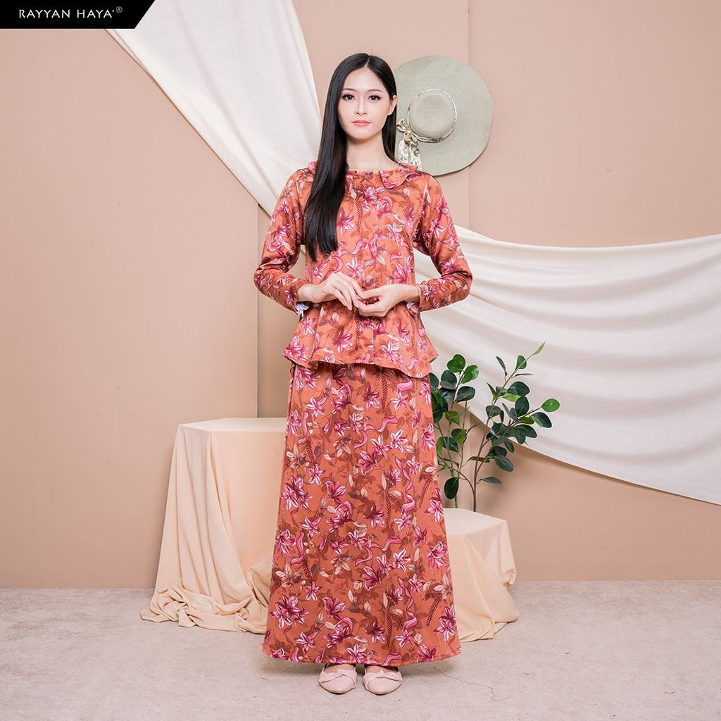 Aurel Set Skirt (Code 02) BUY 2 FREE 1 GIFT