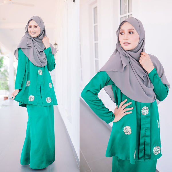 Sally Set  (Emerald Green)