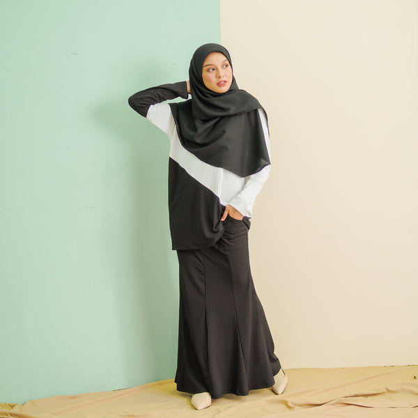 Adeline Suit (Black-White)