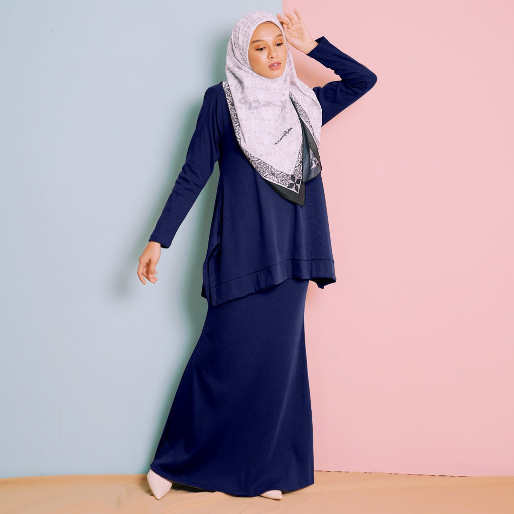 Rhea Suit 15 (Dark Blue)