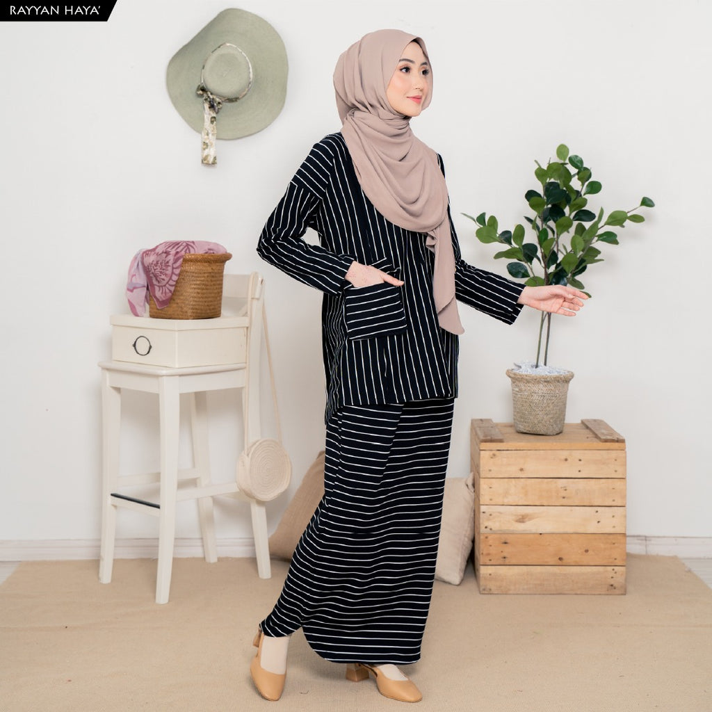 Safiya Suit (Black)
