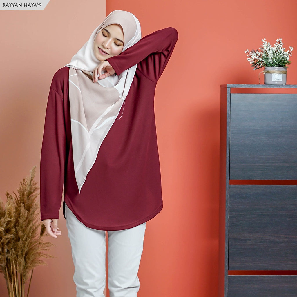 READY STOCK Unnie Top (Maroon)