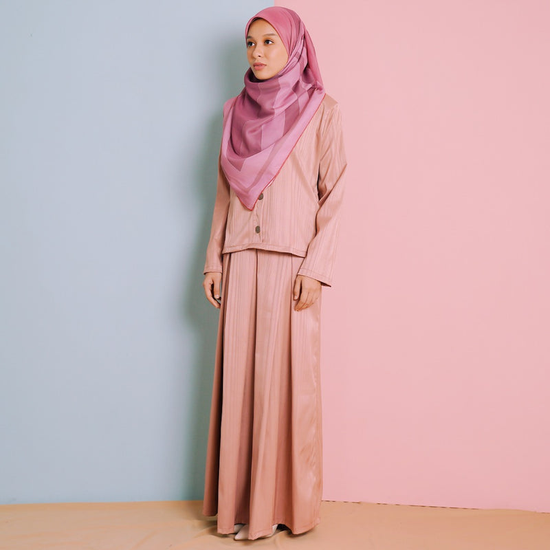 Deena Suit (Blush Pink)