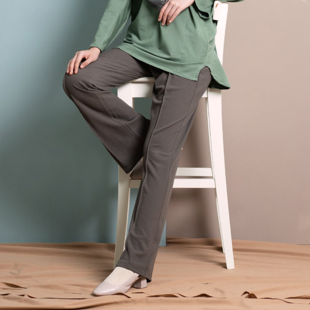 Loose Boot Cut Pants (Moss)