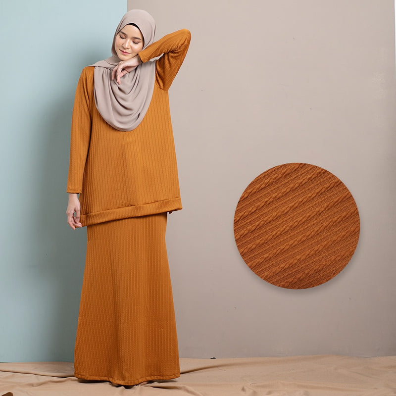 Rhea Suit 9.0 Skirt (Cinnamon)