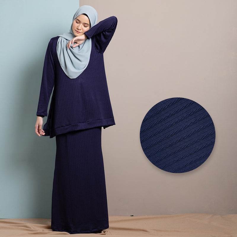 Rhea Suit 9.0 Skirt (Navy Blue)