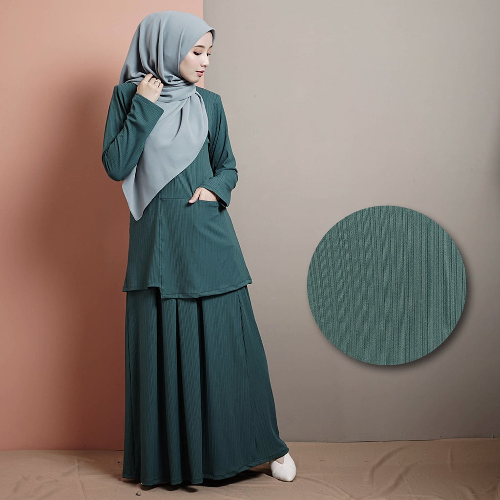 Madelyn Suit 2.0 (Emerald Green)