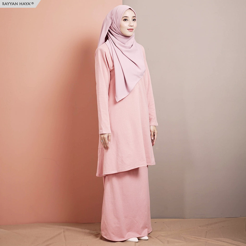 Ummi Suit (Salmon)