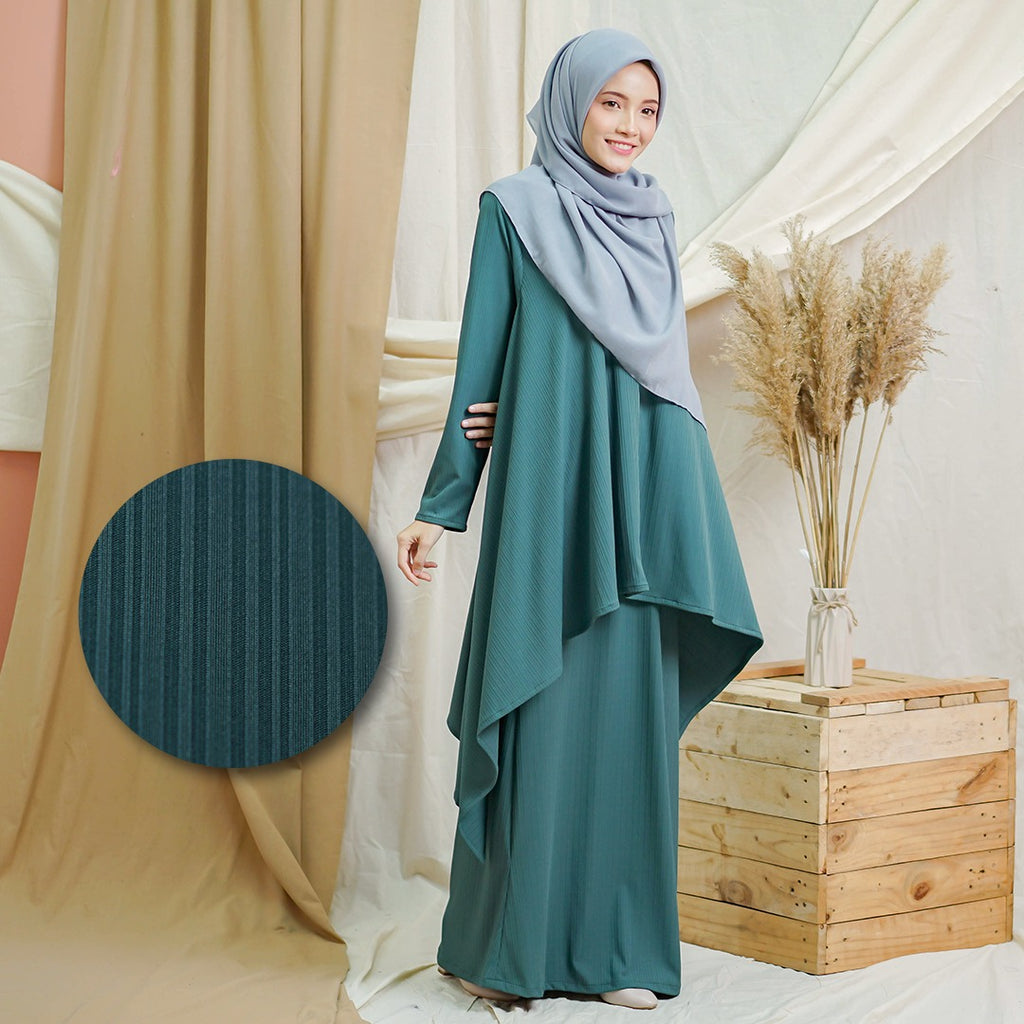 Olivia Suit (Emerald Green)