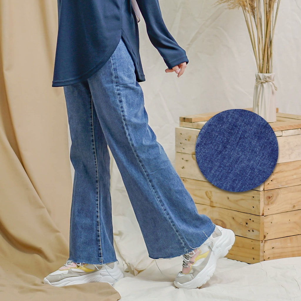 Isla Jeans (Dark Blue)