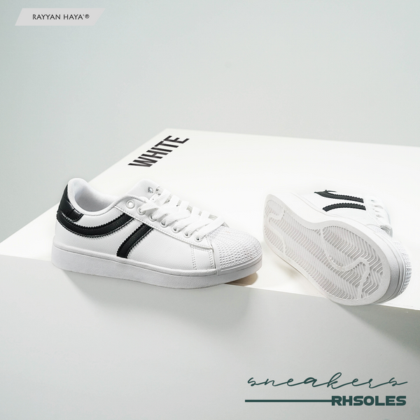 Sneakers (White)