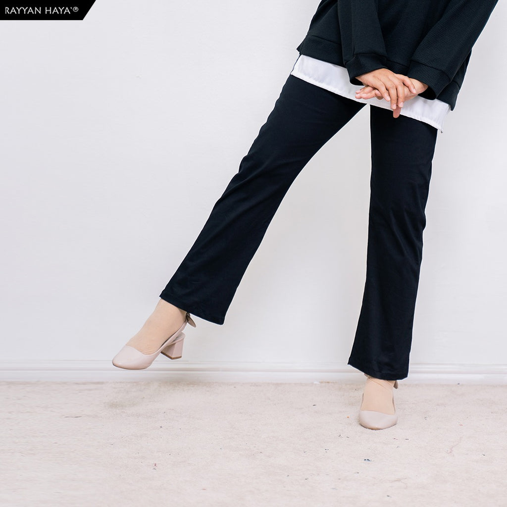 DEFECT Ankle Loose Pants (Black)
