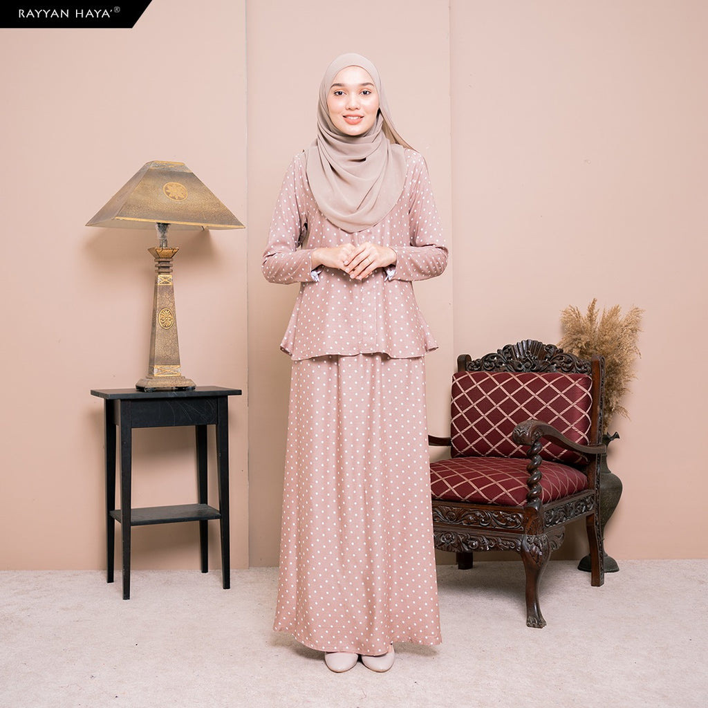 Lily Skirt Set (Hazelnut) BUY 2 FREE 1 GIFT & BUY 3 FREE 2 GIFT