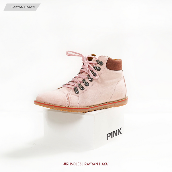 Boots (Pink)