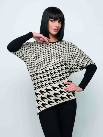Passioni Beige/Black Hounds tooth Print Jumper