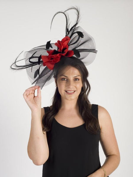 Red/Black Large Crin Hatinator With Flower & Feathers