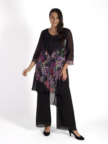 A Black/Grape Wisteria Placement Chiffon Coat