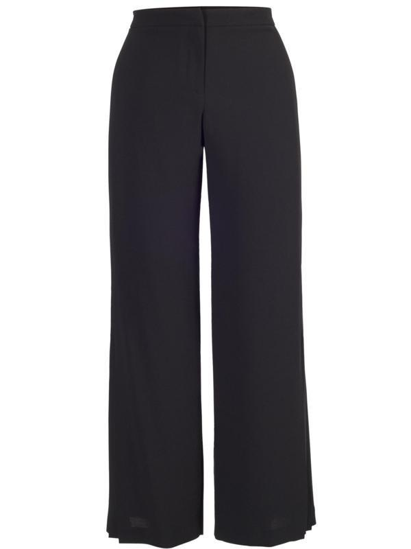 Trousers & Jumpsuits Whether you're looking for something to wear in the office or a smart evening look, Coast have a fantastic selection of trousers to suit any occasion. Find the perfect fit with our fantastic range of tailored styles, including cropped, tapered, slim leg, straight and wide leg trousers.