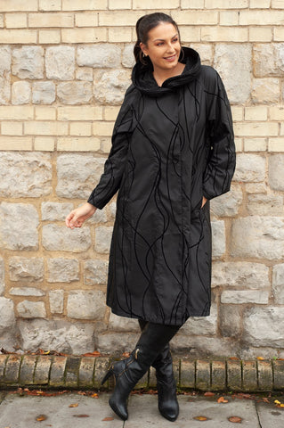 Black Flock Print Pleat Collar Coat