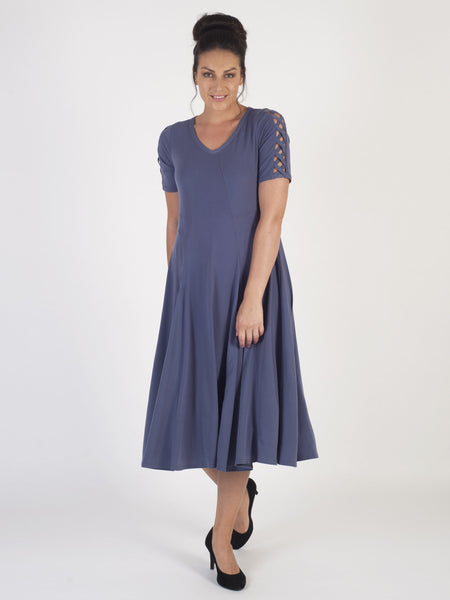 Lavender s/s Jersey Dress with Mid-Calf Fluid Skirt