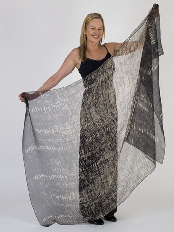 Isabel de Pedro Black/Light Taupe Scarf
