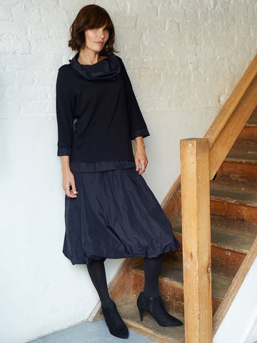Vetono Midnight Jersey Top With Taffeta Collar