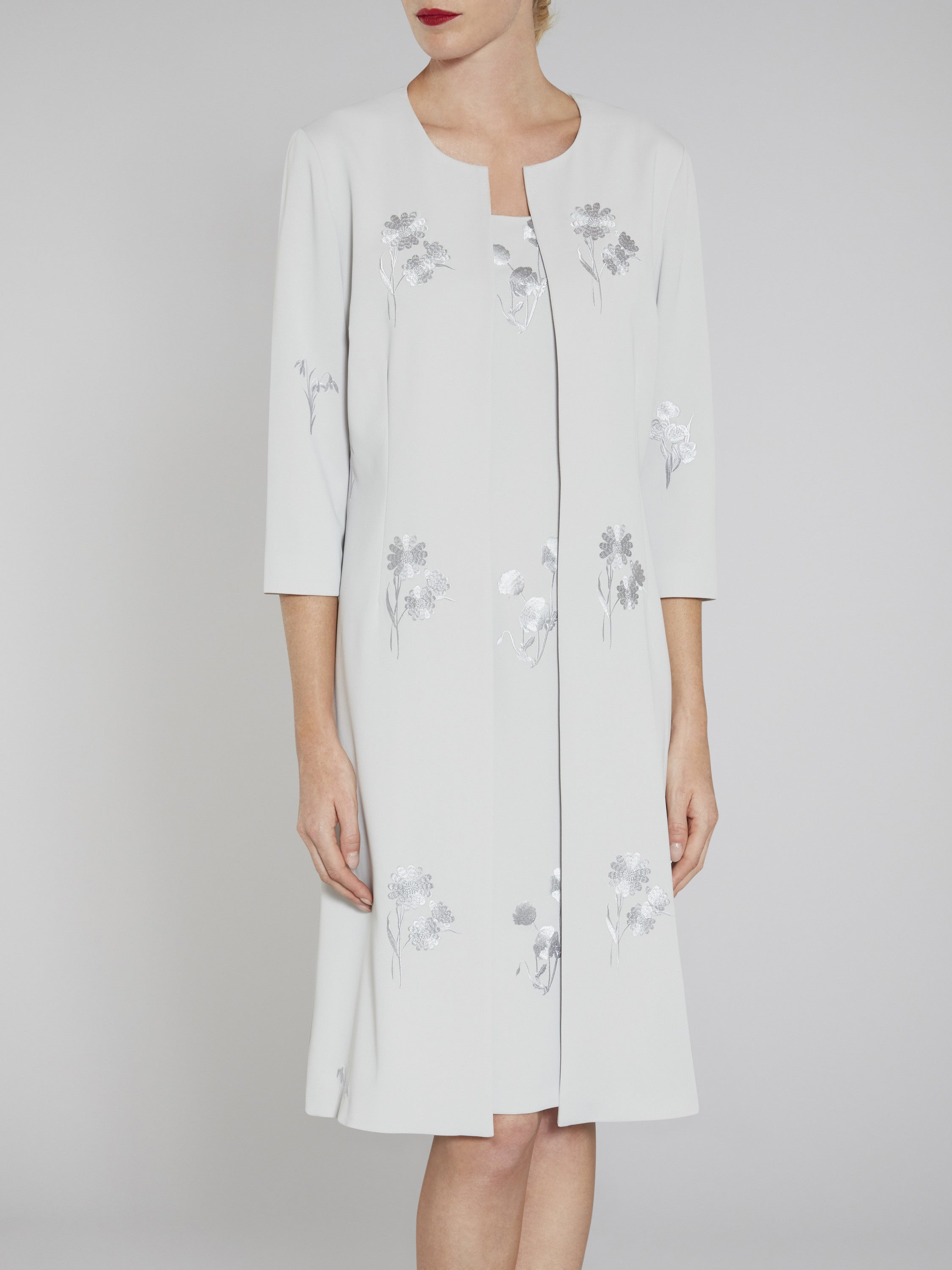 Gina Bacconi Embroidered moss crepe coat