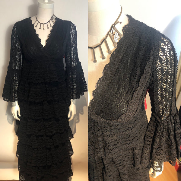 Vtg 1970s Black Cotton Tiered Lace Ruffled Sleeves  XS Dress Boho Hippy
