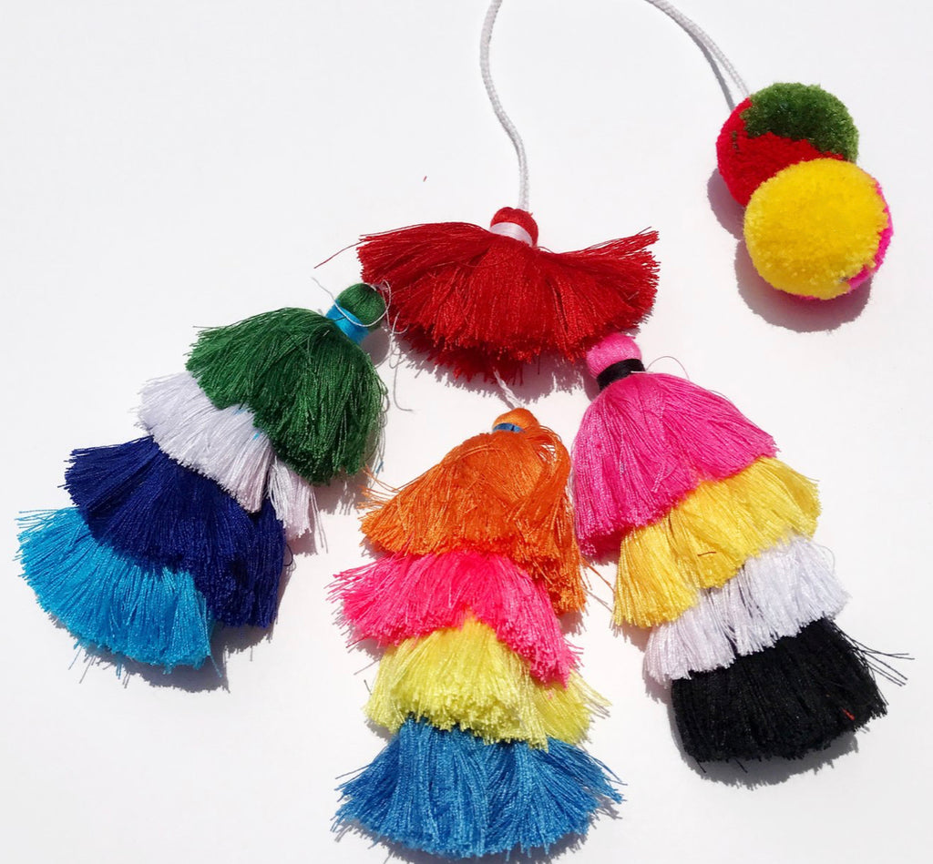 "BEACH FUN: Tassels ""Multi"""
