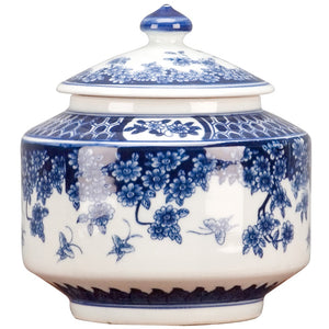 Classic Porcelain - BLUE AND WHITE PORCELAIN BOX