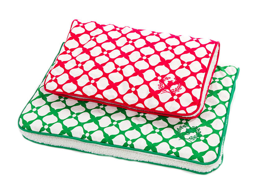 Canine Styles - Crate Mat - Pink or Green Spades