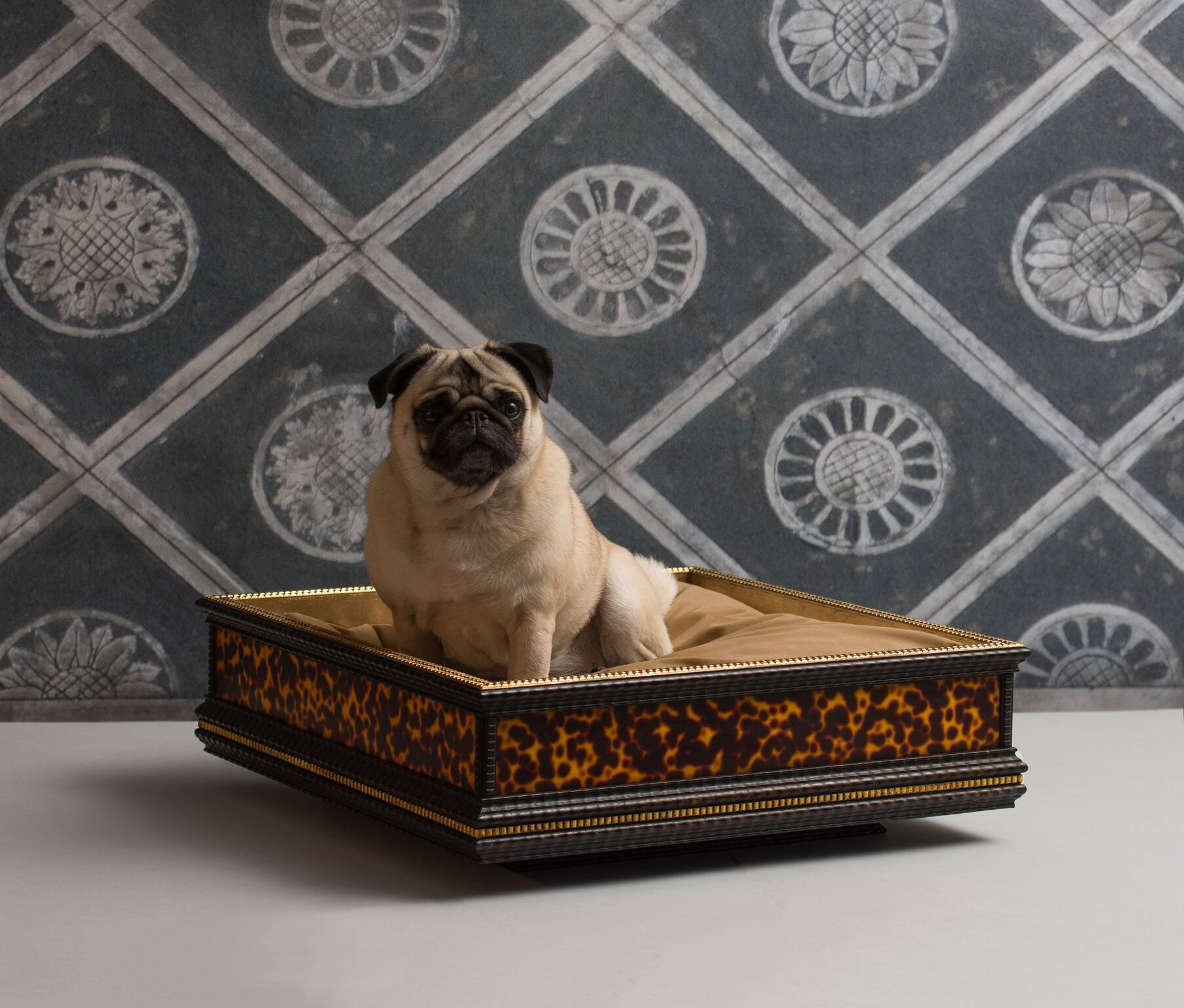 Italian Wooden Gilda Square Dog Bed - Leopard