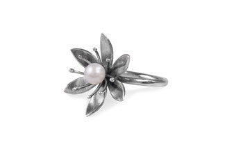 Large Pearly Flower Ring.