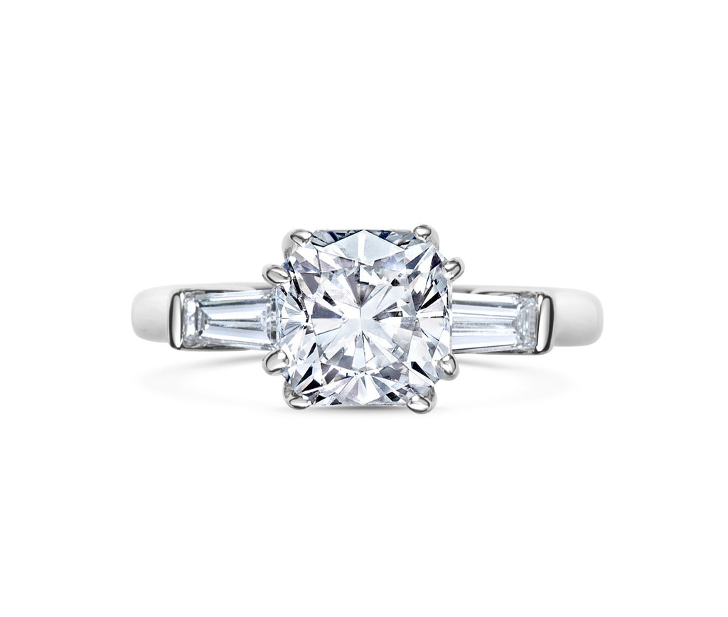 SOFIA cushion cut