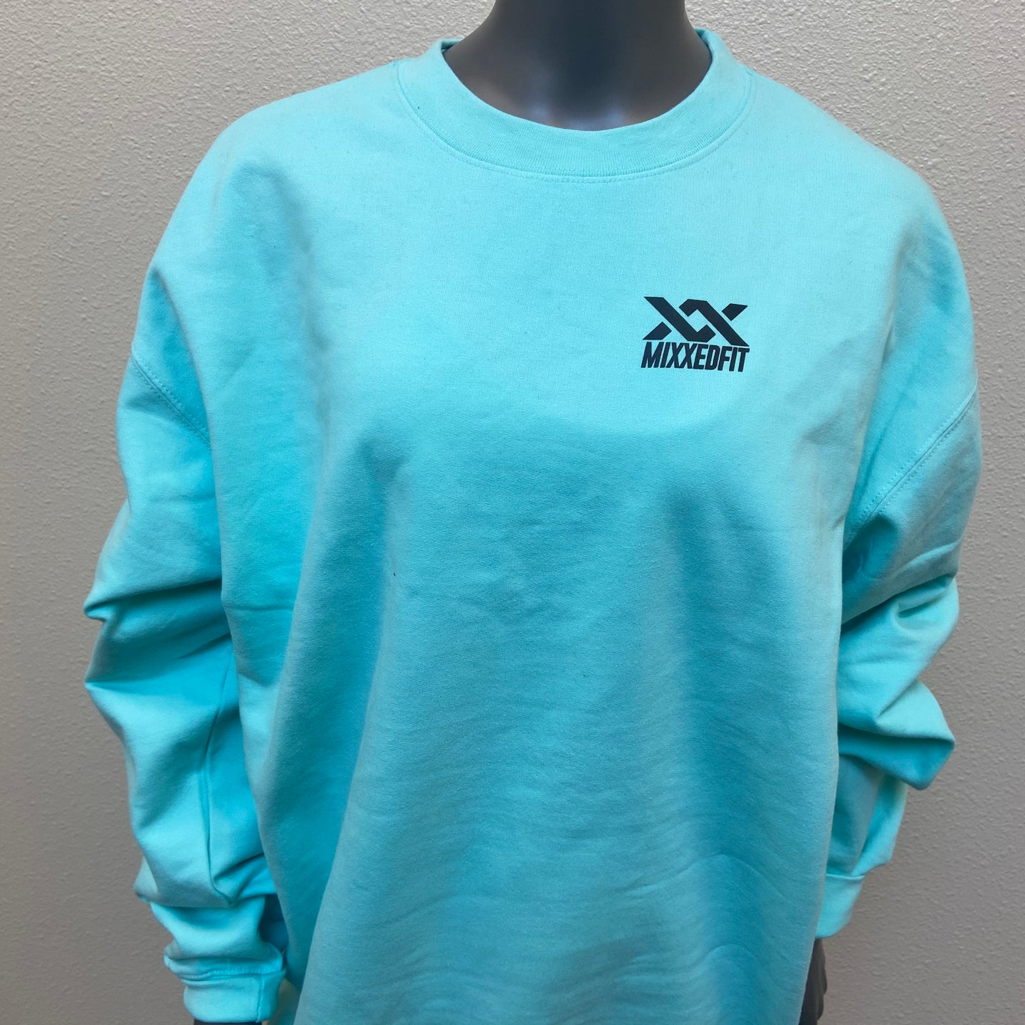 MIXXEDFIT® BOUTIQUE | MINT MIDWEIGHT CREWNECK SWEATSHIRT | PLUS SIZE
