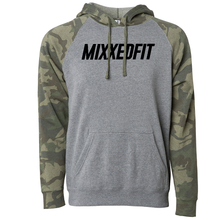 MIXXEDFIT® UNISEX CAMO COLOR-BLOCK HOODED PULLOVER