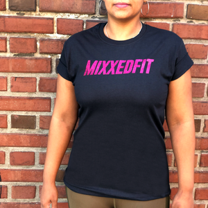 THE PINK COLLECTION | MIXXEDFIT® CLASSIC TEE | PINK GLITTER