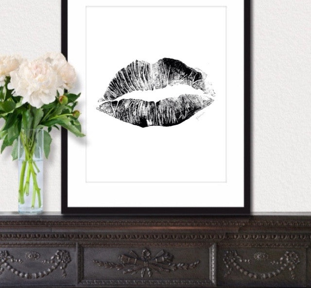 Detailed Lips Print