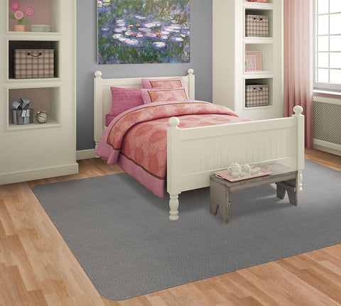 Gray area rugs pair perfectly with blush pink.
