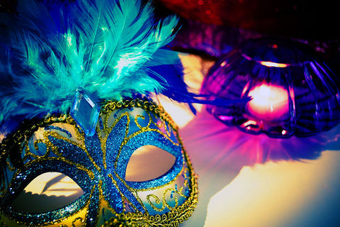 Nothing like a Venetian mask to add a little grownup mystery to the quince outfit.