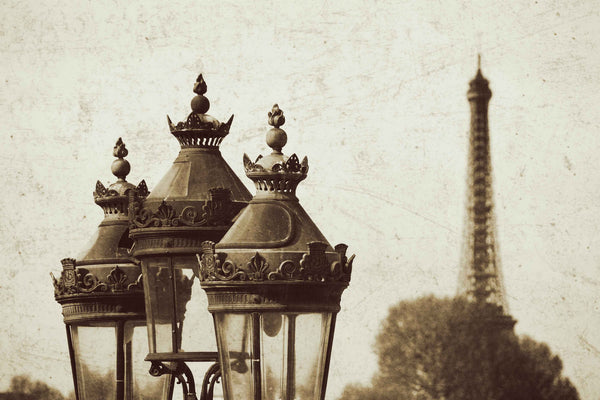 Lamps and Eiffel Tower