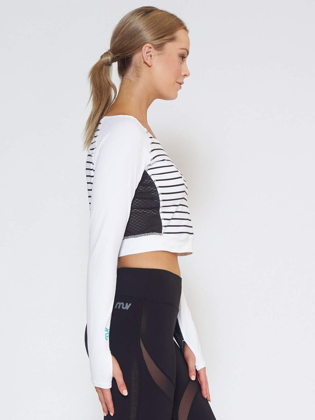 MUV Sportswear Long Sleeve Top VENT Long-Sleeve Crop - Stripe