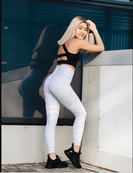 Brooklyn Tights - Grey snake print - Be Activewear