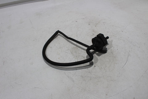 01-05 Bmw R1150rt Valve  Fuel Tank Breather Valve 13 90 1 465 030