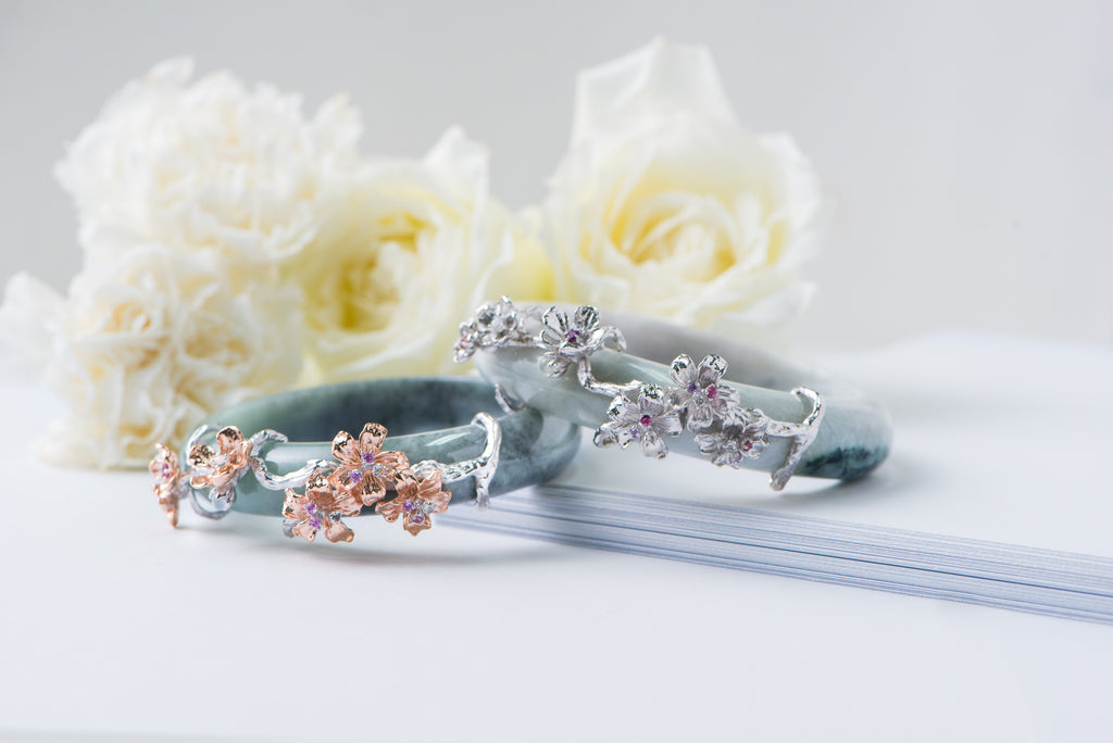 The-Romantic-Cherry-Blossom-Jade-Bangle