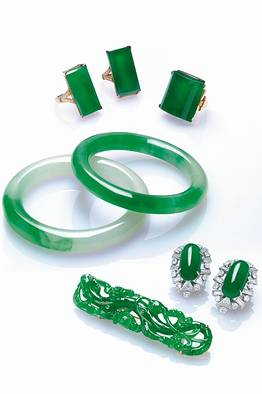 Rare Jade Jewellery from Kung Auction
